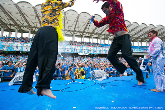 http://www.frontale.co.jp/diary/2015/images/150708-46.jpg