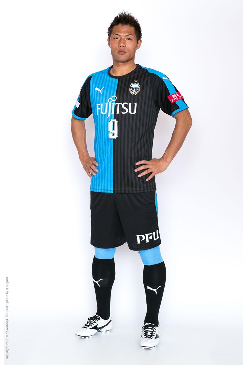 FW9/赤﨑 秀平選手 | 選手・スタ...
